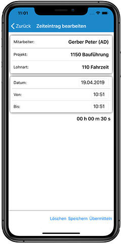 Tablet mit SORBA App Screenshot Zeiterfassung